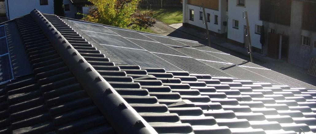 Quelle: sun.e-solution GmbH GIPV-Projekt ca. 6kWp Austria/ Tirol/ Tristach