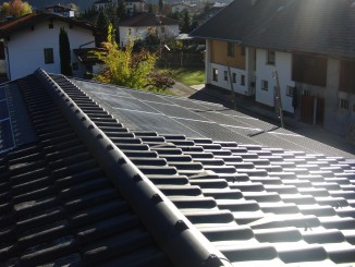 Quelle: sun.e-solution GmbH GIPV-Projekt ca. 6kWp Austria/ Tirol/ Tristach